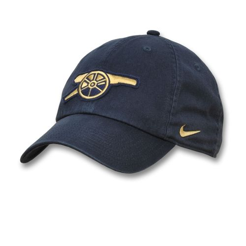 a5d914868c2 Cool hat! Cool Nikes