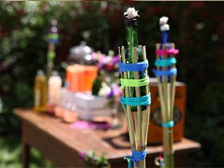 Manualidades y artesan as antorchas de citronela con for Antorchas para jardin