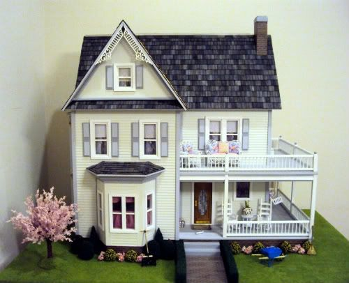 A Beautifully Finished Victorias Farmhouse Dollhouse Kit Manufactured By Real Good Toys Excellent Job And