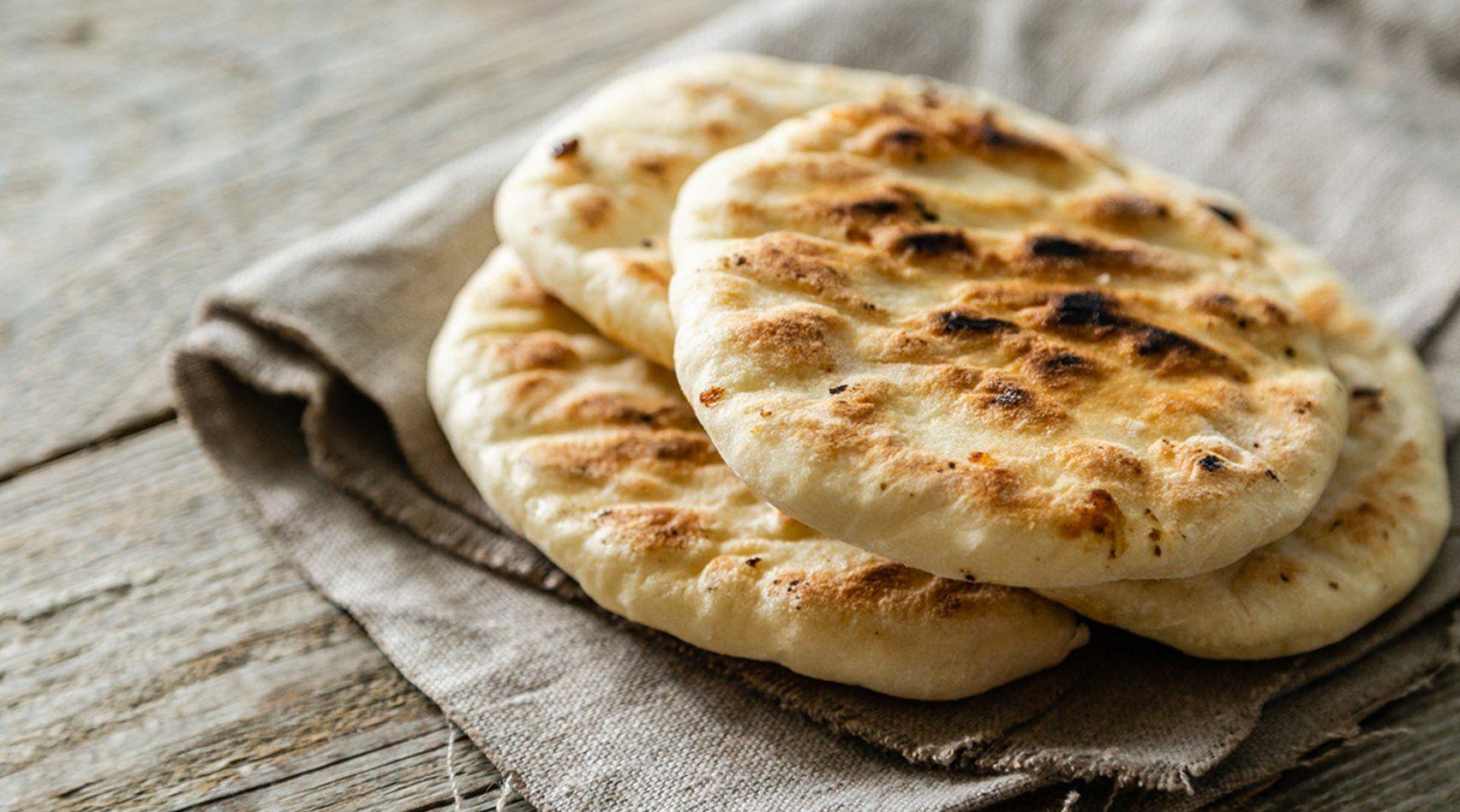 Das schnelle Brotrezept perfekt zum Grillen oder Picknicken – ganz ohne Hefe