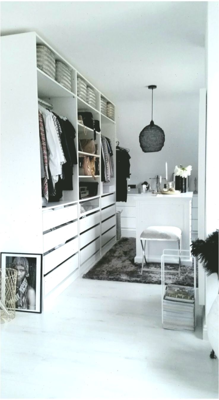 Ikea Pax Ankleidezimmer Inspiration Weiss In 2020 With Images Wardrobe Design Bedroom Closet Design Closet Designs