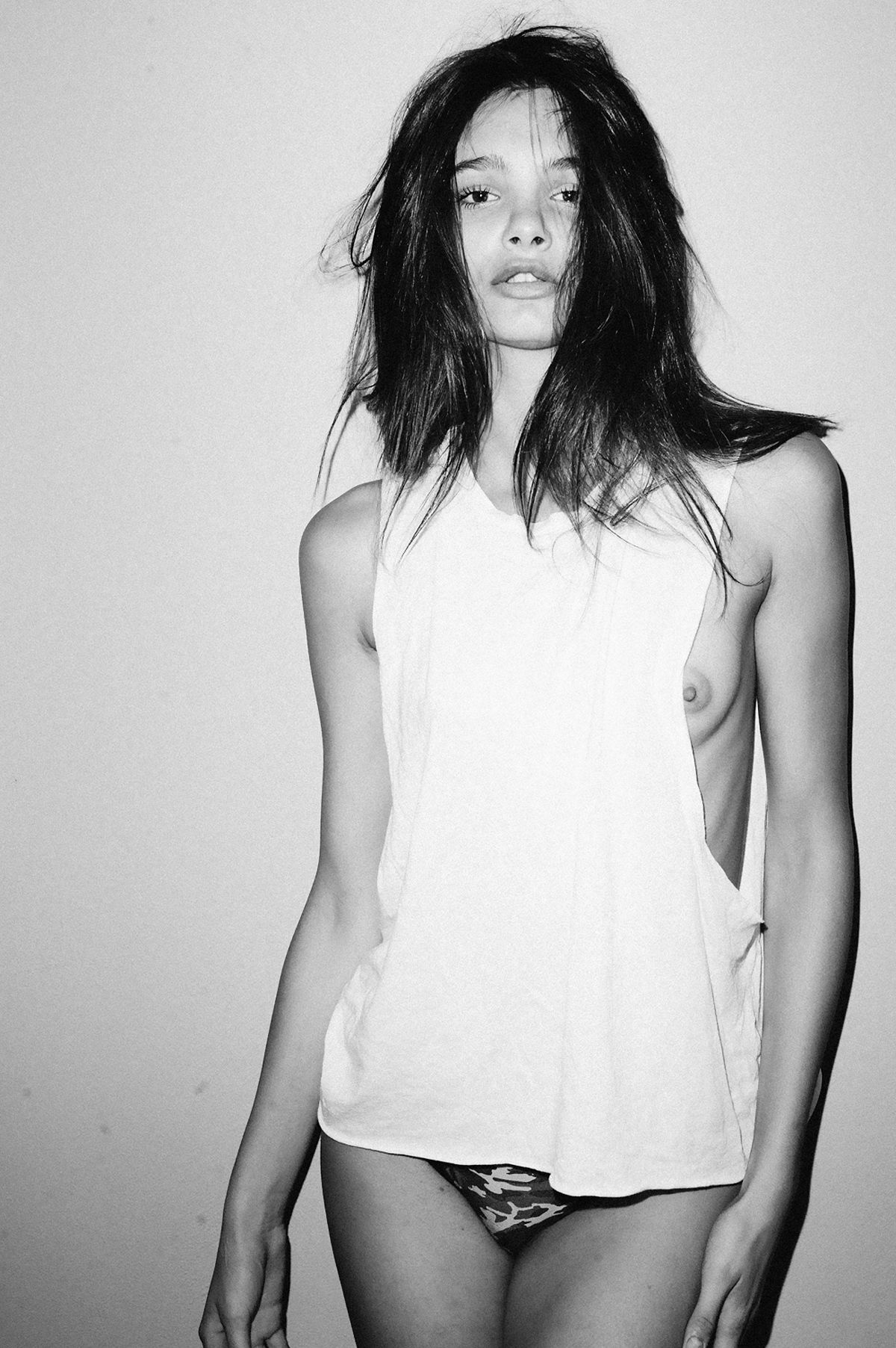 Claudia Guarnieri Nude Photos 12