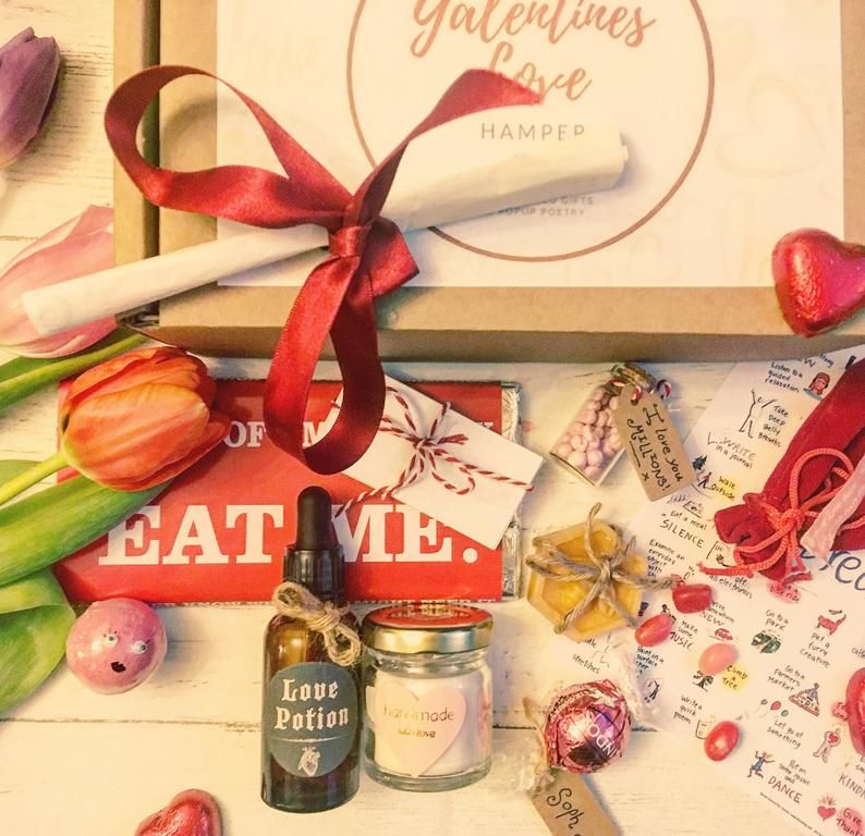 New Subscription Boxes Oxford Momma Available Now