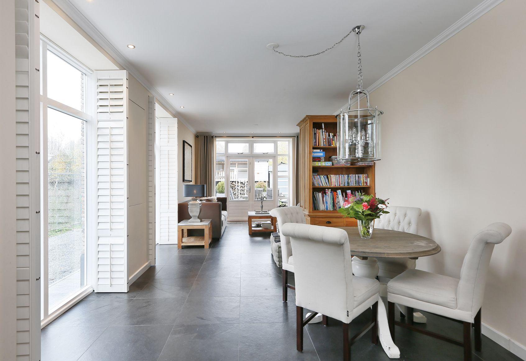Modern interieur woonhuis te Waalwijk. | Interieur | Pinterest
