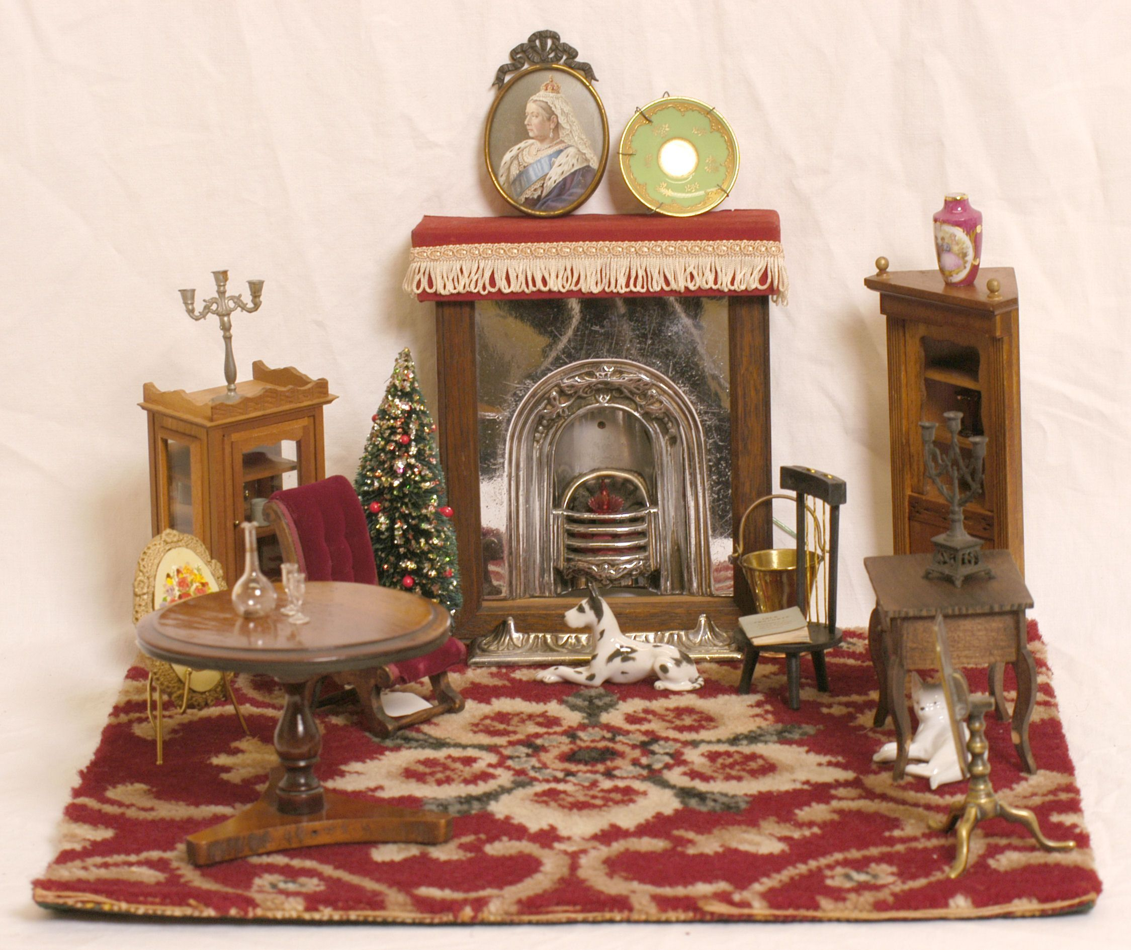 Delightful Victorian Dollu0027s House Furniture Victorian Homes Uttlesford.gov.uk