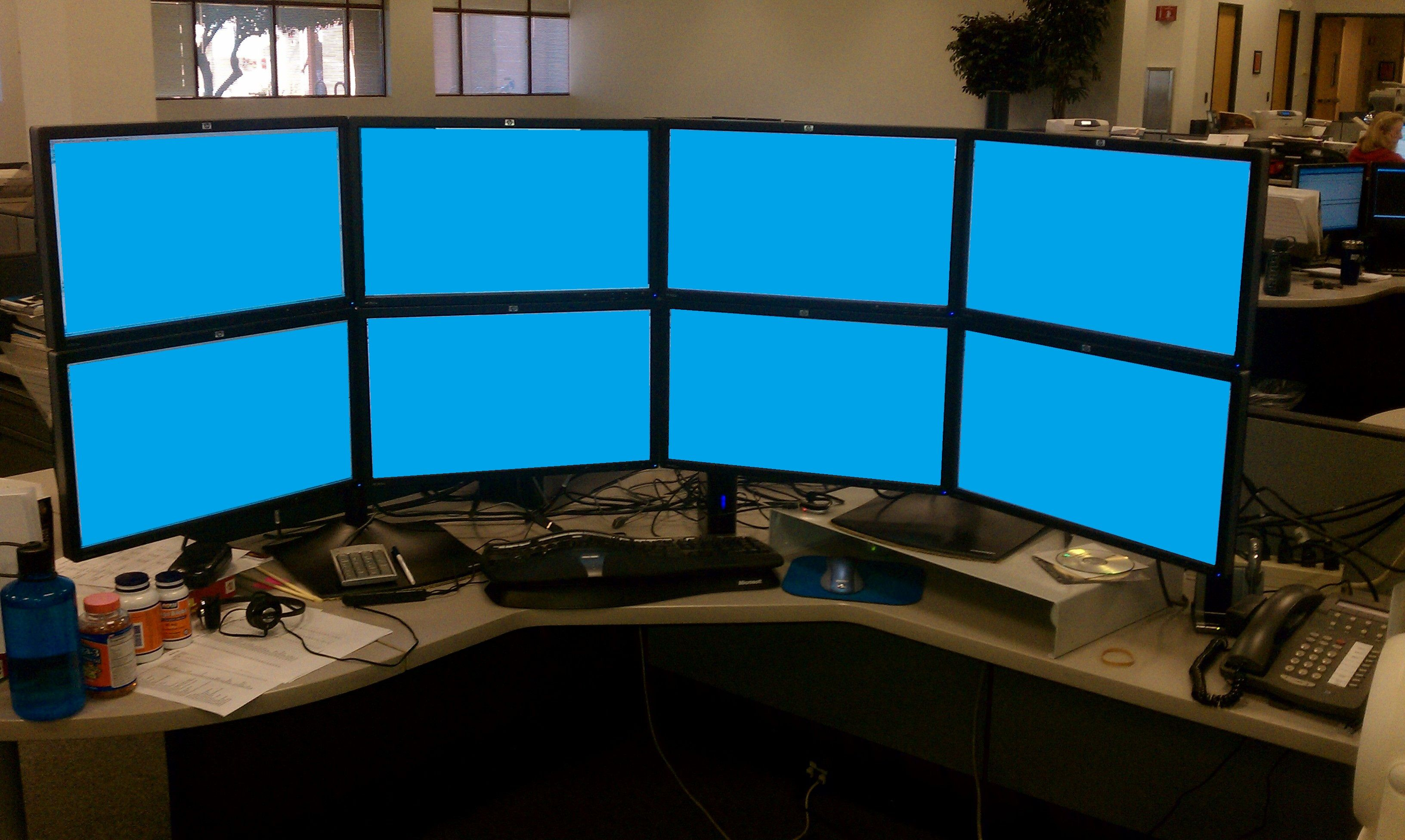 I Need This Setup In 2020 Multiple Monitor Setup Computer Setup Monitor
