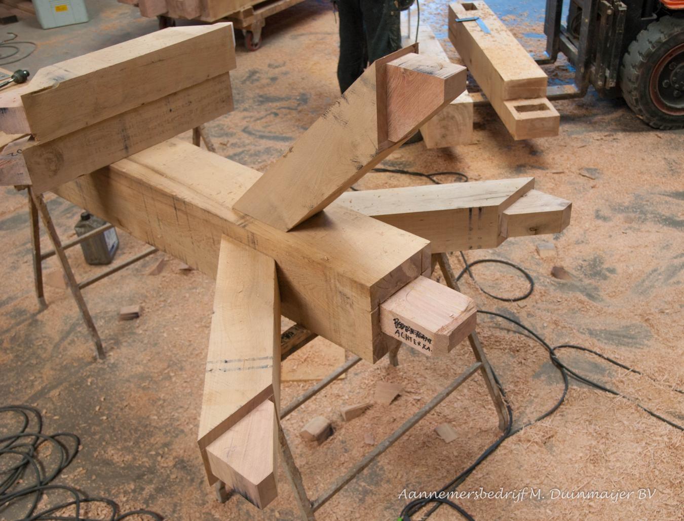 Traditionele Houtverbindingen Voor Eiken Constructie