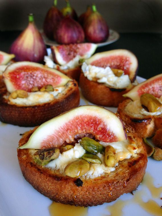 Fig and Goat Cheese Crostini with Pistachios and Honey