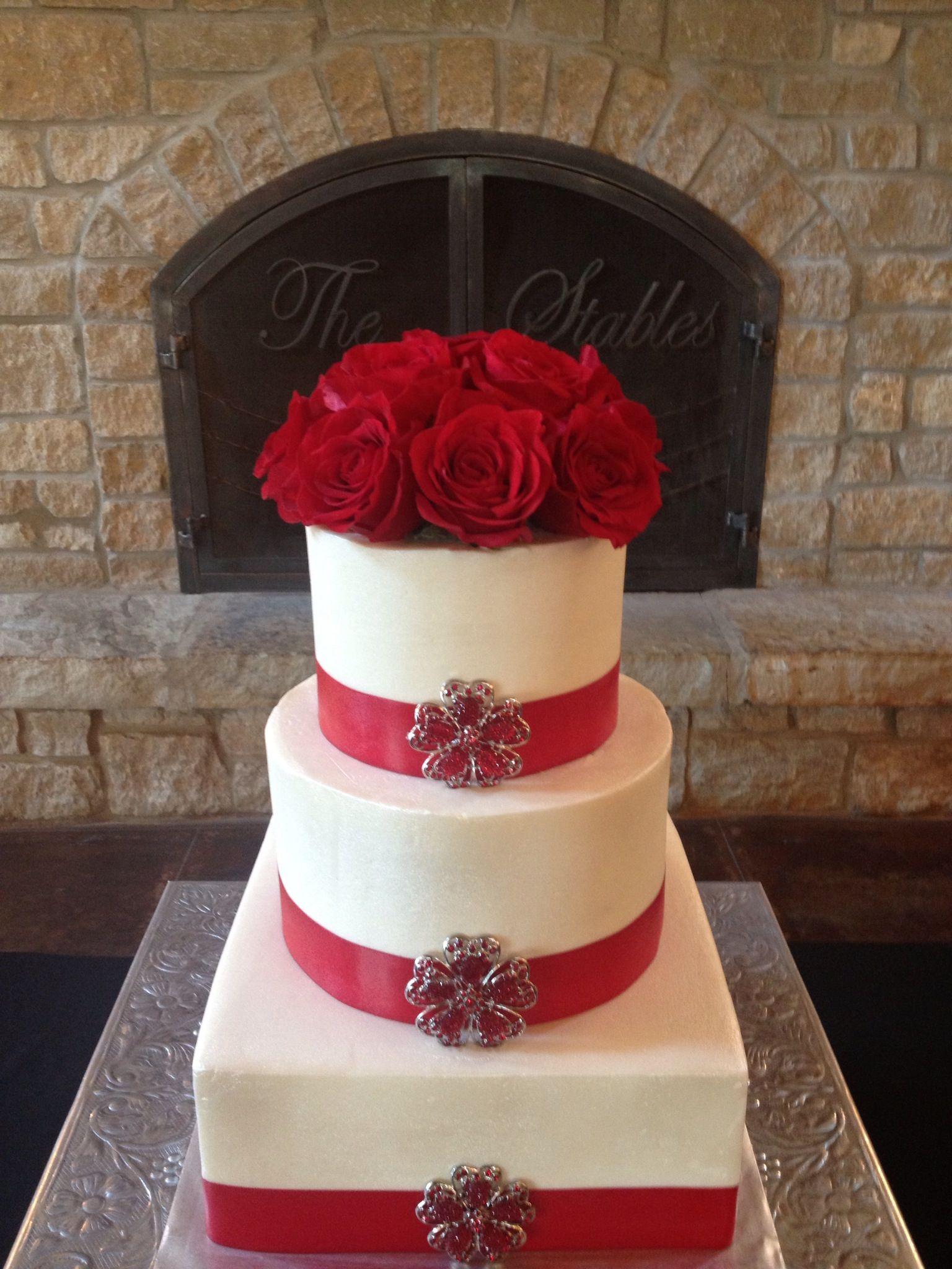 Red rosé and ribbon wedding cake weddings pinterest ribbon