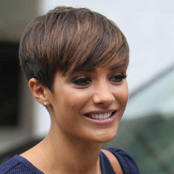 Frankie Sandford Loses Battle To Demolish Home Haircut For Thick Hair Hair Styles Short Hair Styles