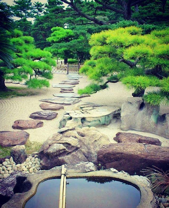 色んな日本庭園散歩したーい(o^^o) てか、私が出かける日だいたい雨 ...