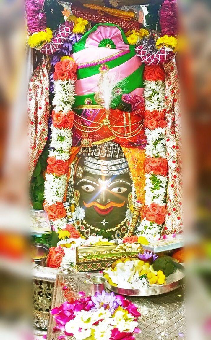 Feb. 21: #Bhasma #Aarti pic of Shree #Mahakaleshwar #Ujjain  #shiv #shiva #bholenath #mahadev #jyotirling #jaibholenath #jaimahakal #om #omnamahshivay #harharmahadev #ॐ #mahakal #भस्म #आरती #शिव #महाकालेश्वर #उज्जैन #mptourism #madhyapradesh #incredibleIndia