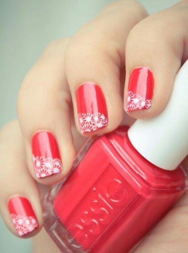 Dibujos para uñas pintadas con esmalte rojo brillante y luego las ...