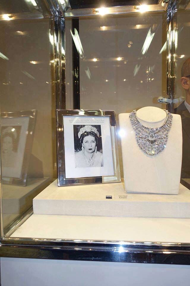 PRINCESS FAWZIA. OF EGYPT DIAMOND NECKLACE~ Ordered by Queen Nazli off Egypt from Van Cleef & Arpels for the marriage of her daughter, Princess Fawzia to the Shah of Iran, Mohammad Reza Pahlavi March 15, 1939.