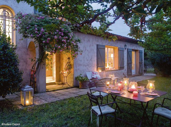 d couvrez les 50 plus belles maisons de vacances en france maisons typiques de france jardin. Black Bedroom Furniture Sets. Home Design Ideas