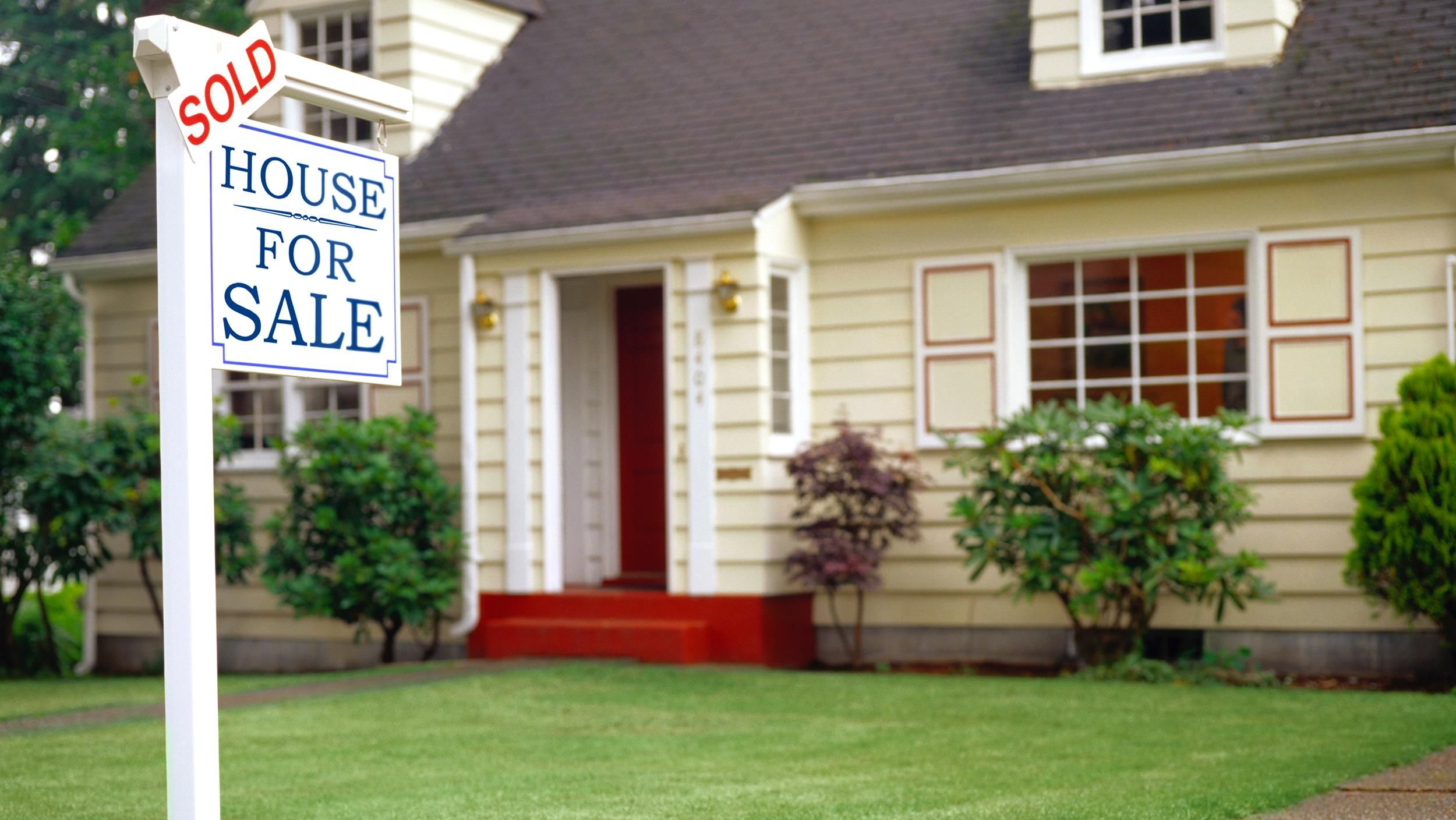 Looking to sell your home? 3 things to do to increase your sale price