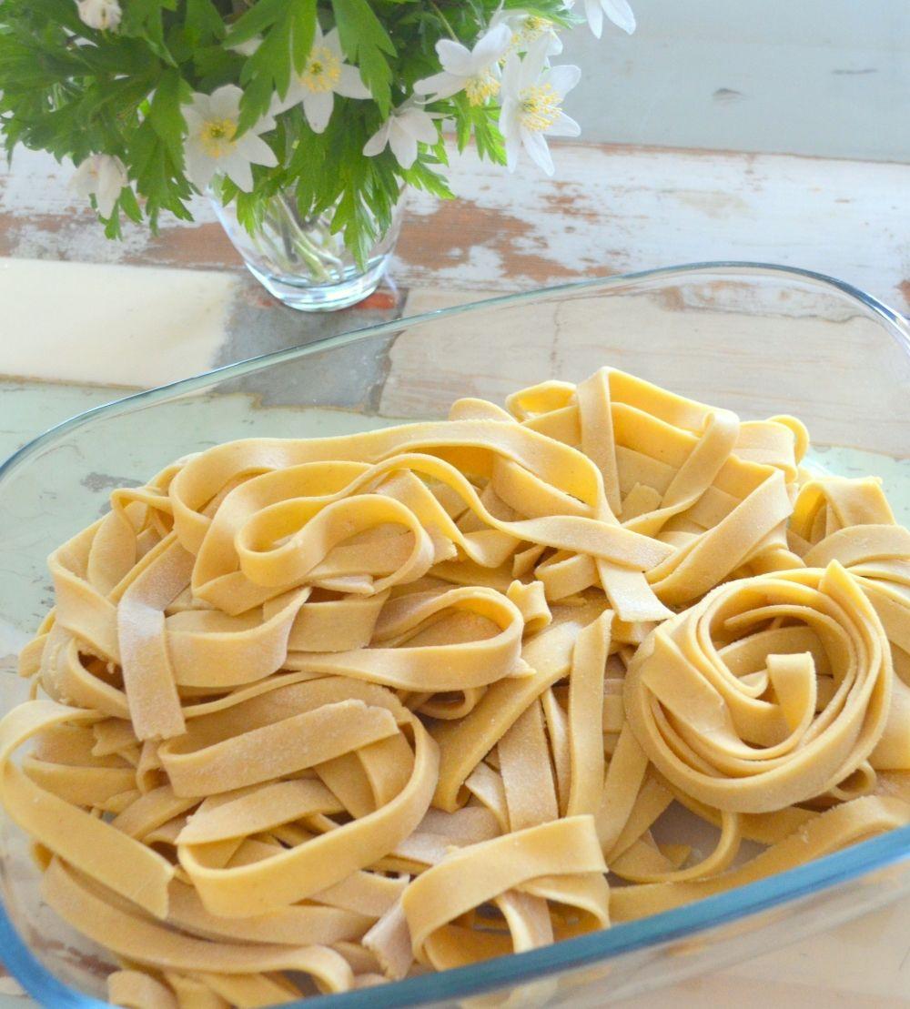 Gluten free fresh pasta with psyllium chocolate