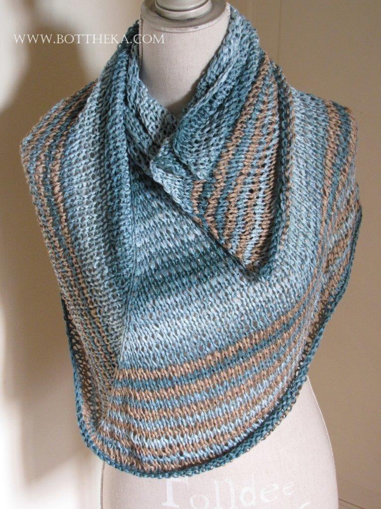 Sea & Sand shawl – Copyright Botthéka©2015 - free knitting pattern - bamboo yarns http://www.ravelry.com/projects/Bottheka/sea--sand-shawl