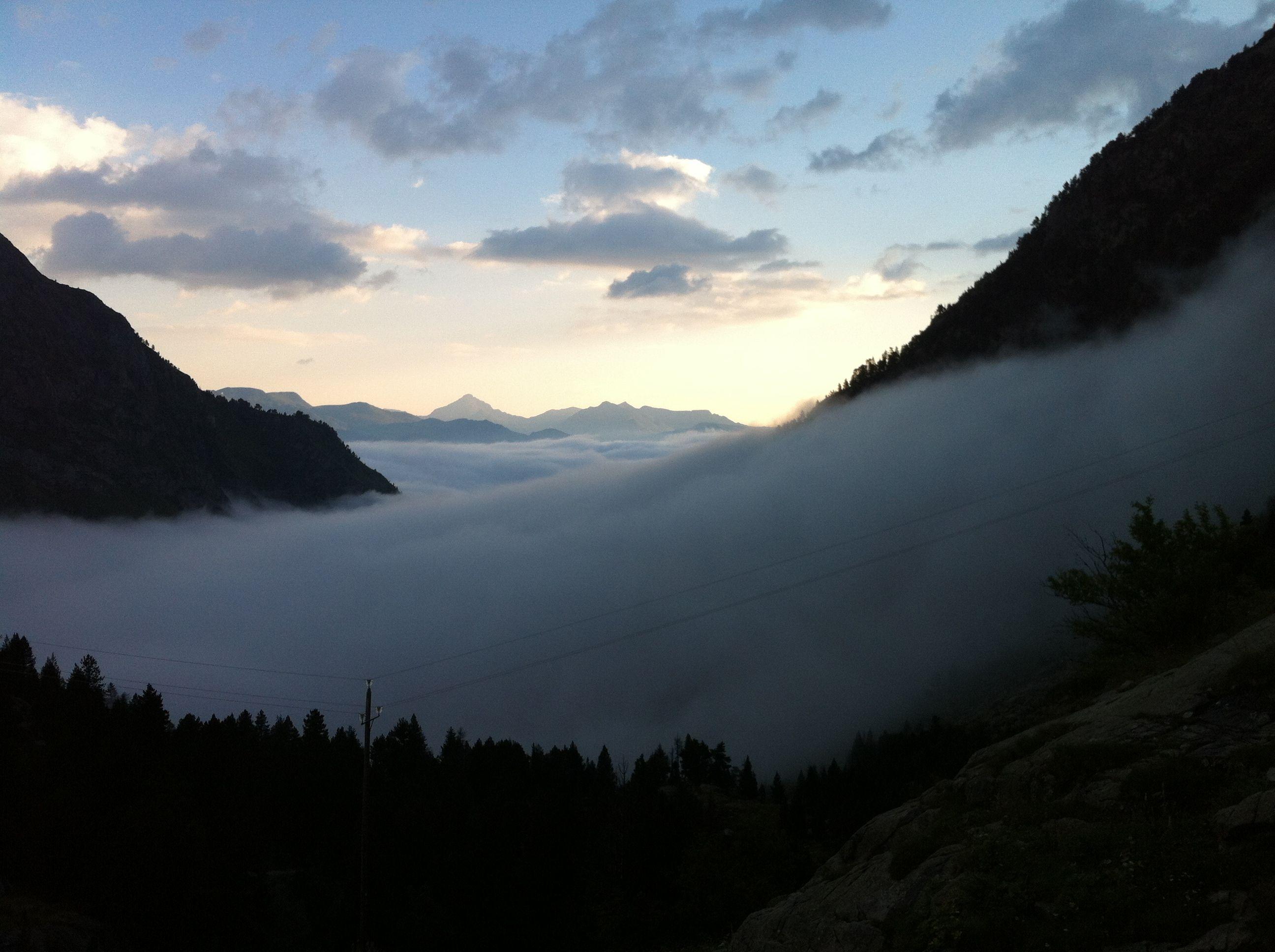 mist in the valleys of the #Pyrenees www.kokopeli.es