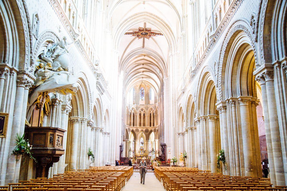 Que visiter bayeux la tapisserie de bayeux est un petit tr sor de l 39 histoire normande qu 39 il - Qu est ce que la tapisserie de bayeux ...