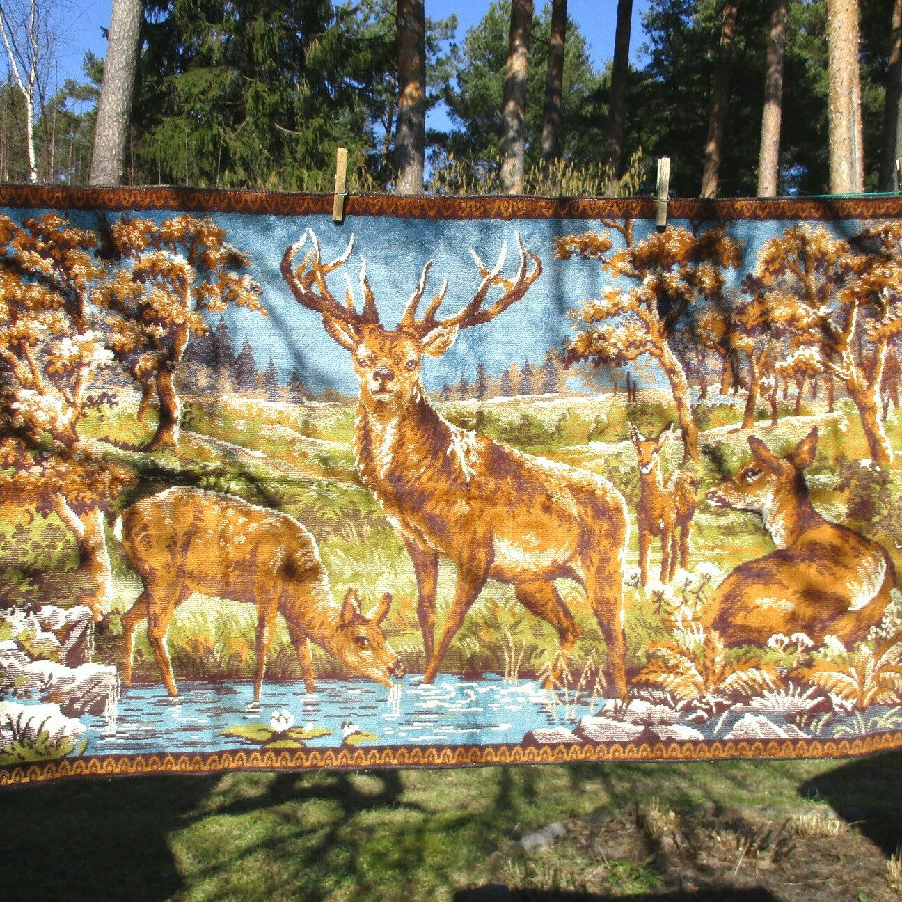 Wall Tapestry with Deer, Velvet Wall Decor Rug, Wall Hanging, Forest ...