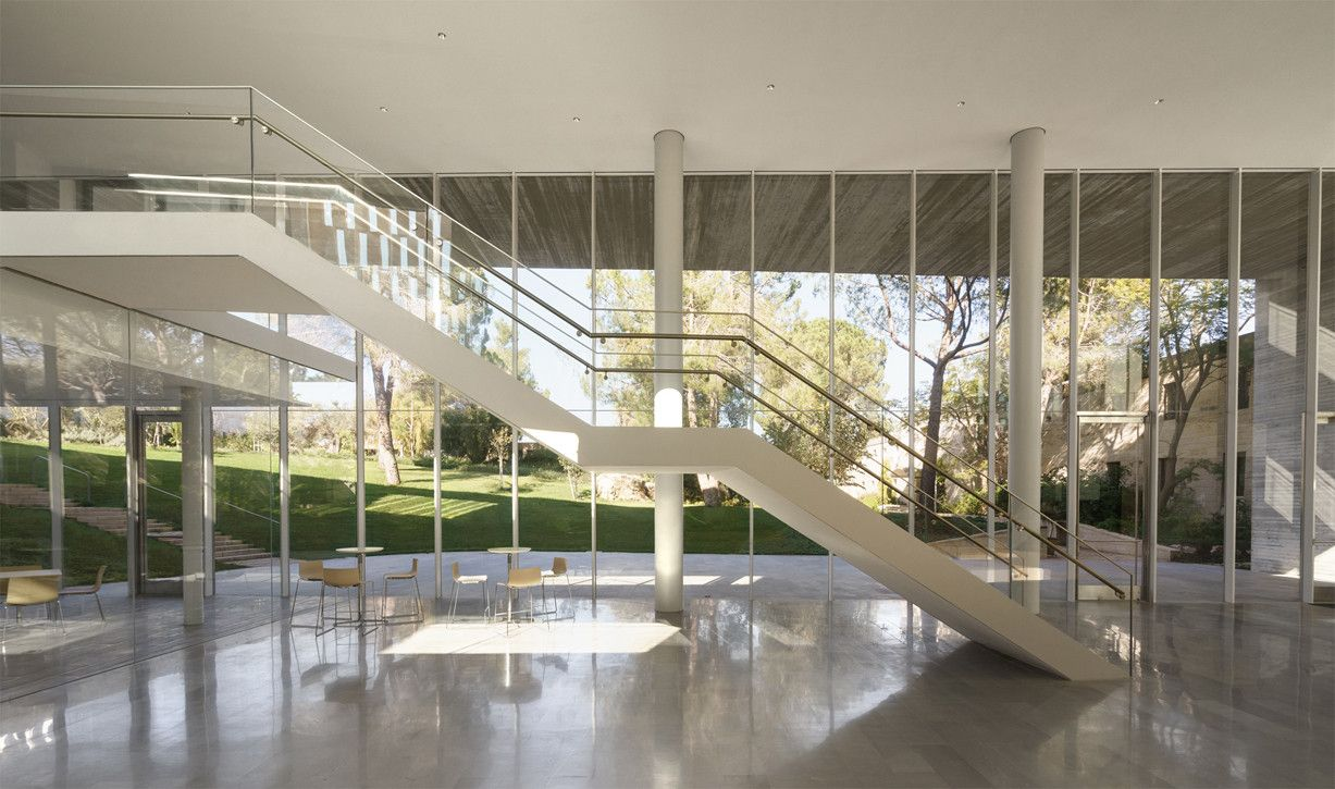 Gallery of Academy of Advanced Studies / Chyutin Architects - 12