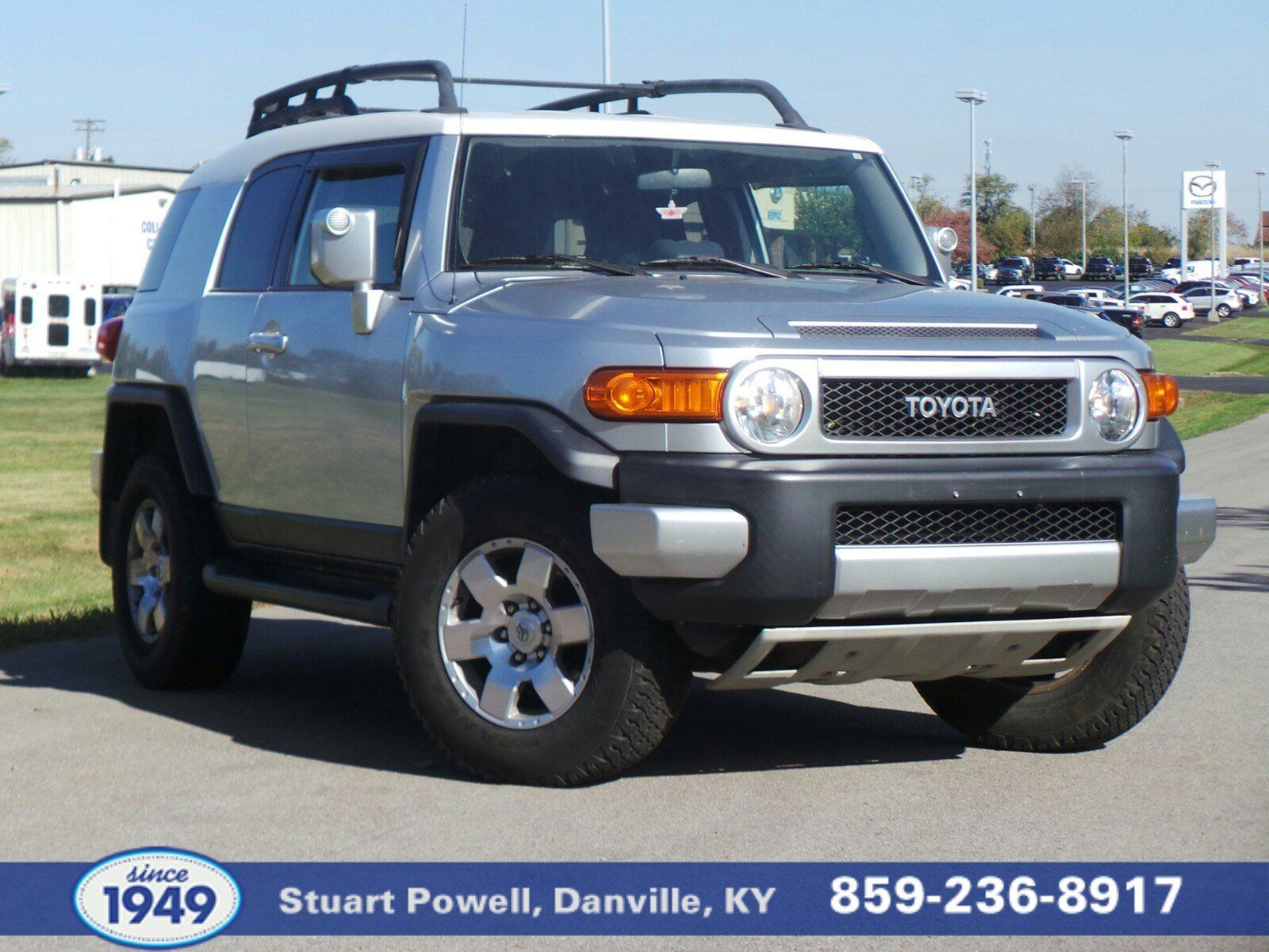 Looking for a used Toyota FJ Cruiser?  This one – located in Danville Kentucky – is priced $1,272 below market average!  Automatic, roof rack, easy-access full-size spare, rear hitch, all-weather mats, Dark Charcoal interior, new battery, premium sound system, adaptive brake assist.  Call 859-236-8917 to confirm availability and schedule a hassle free test drive!