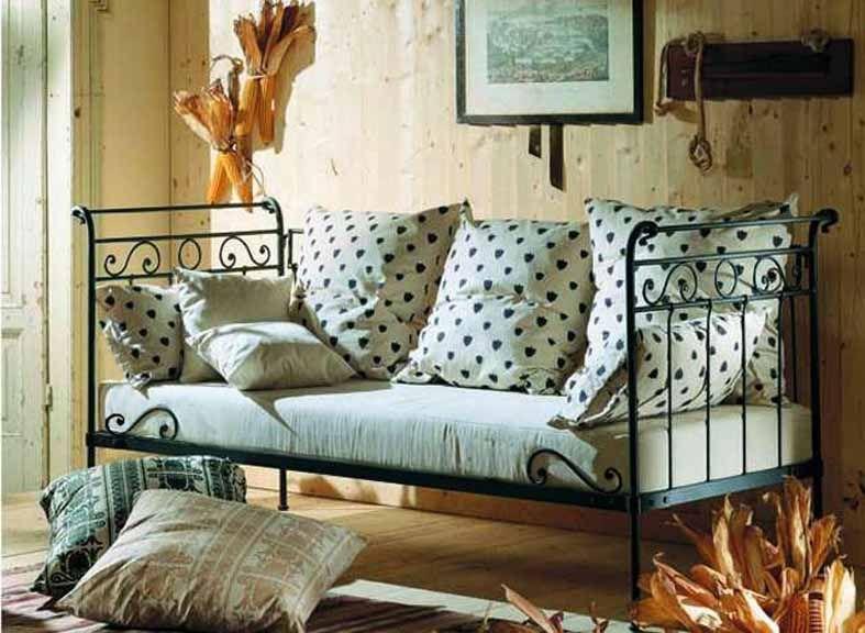 canap lit en fer forg mod le avril d coration beltran. Black Bedroom Furniture Sets. Home Design Ideas