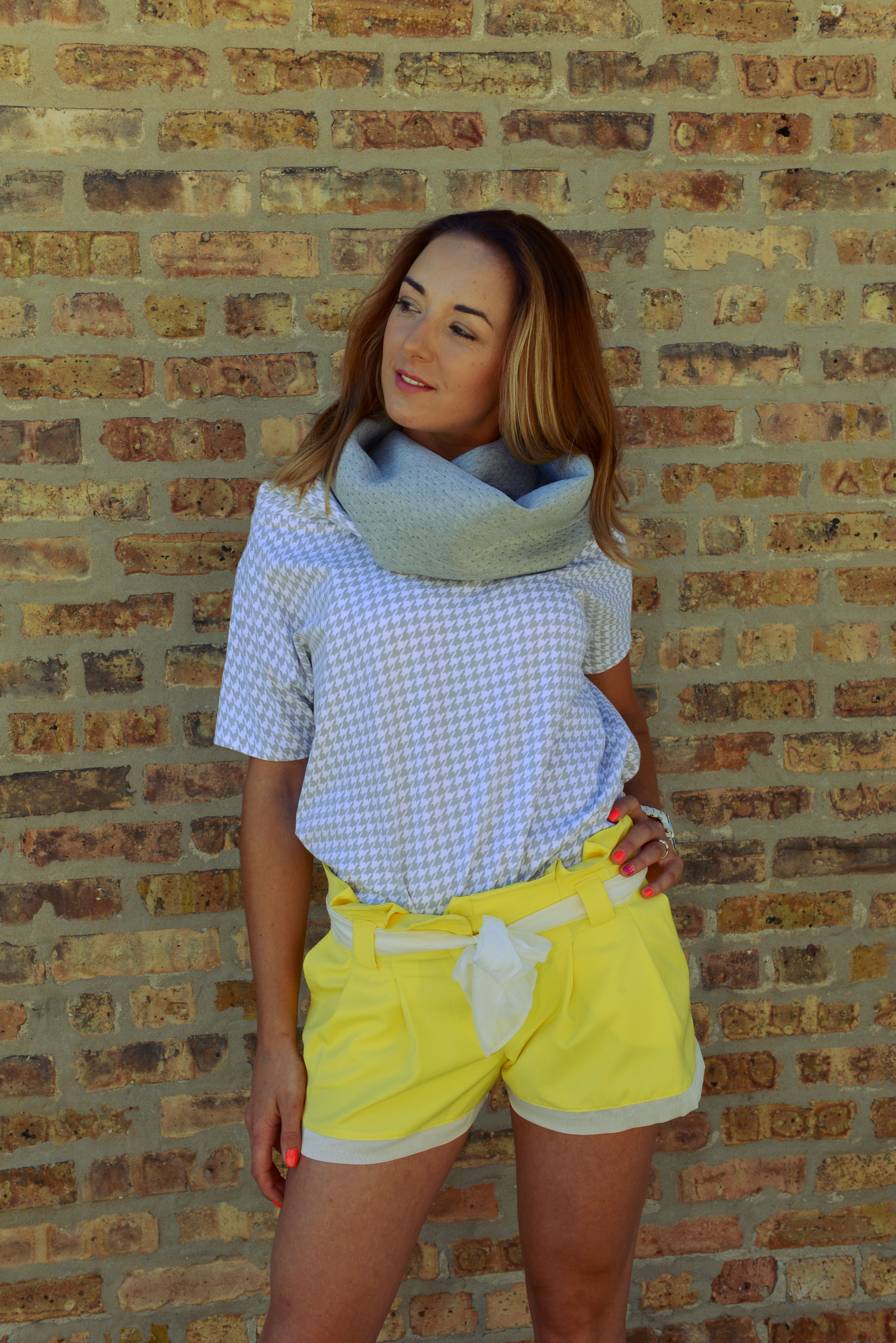 Yellow tailored shorts