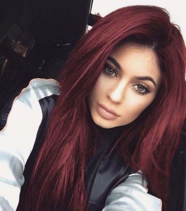 Verrückte dunkelrote Haar-Ideen für Mädchen Verrückte