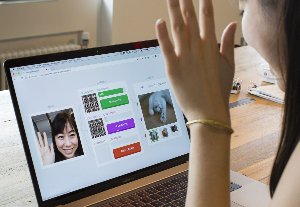 Teachable Machine: Explore machine learning, live in your