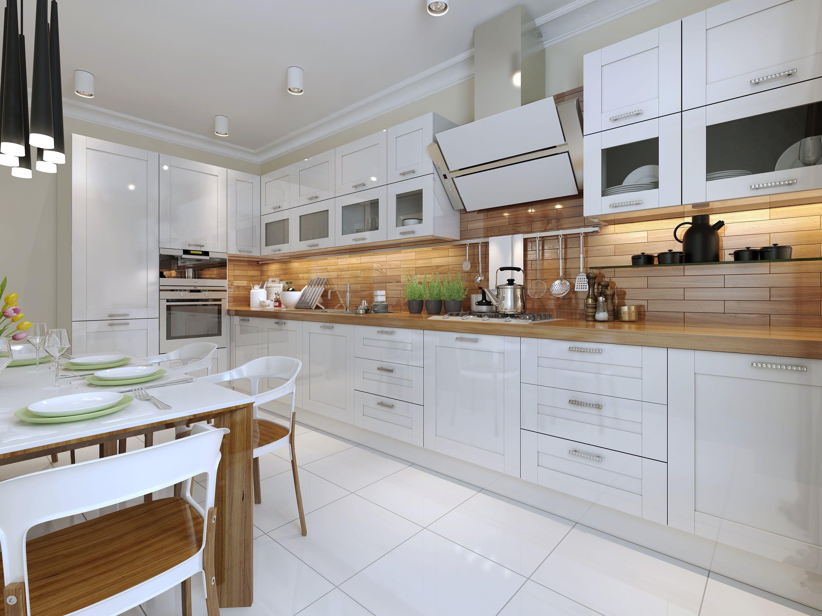 Piekna Klasyczna Kuchnia Z Bialymi Szafkami I Brazowym Drewnianym Blatem Krysztalowe U Beautiful Kitchen Cabinets Used Kitchen Cabinets New Kitchen Cabinets