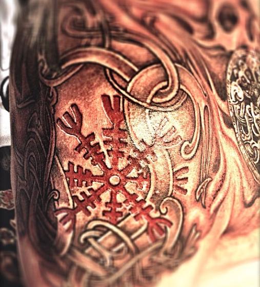 Herzlustafir/ ægishjálmur tattoo, not scarification. One of my own favs.