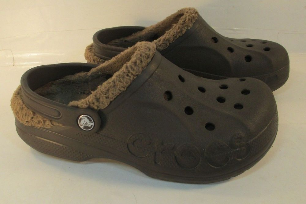 how do lined crocs fit