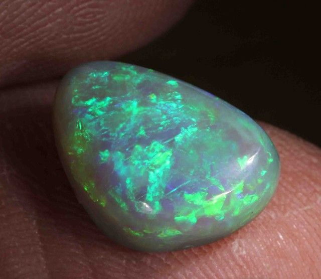 FREE SHIPPING 2.10 cts BLACK OPAL FROM LR