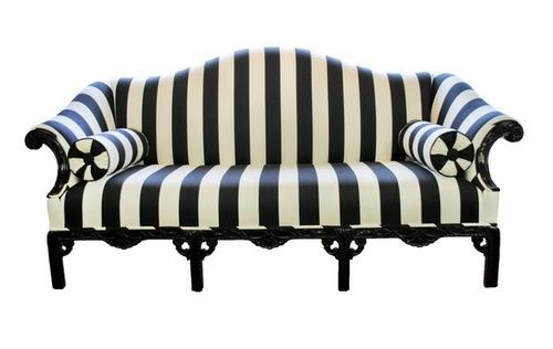 Best Darque Lovely No One Knows I M Here Vintage Sofa 400 x 300