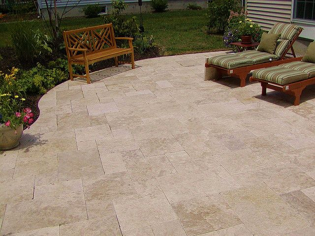 Merveilleux LOVE The Travertine Patio