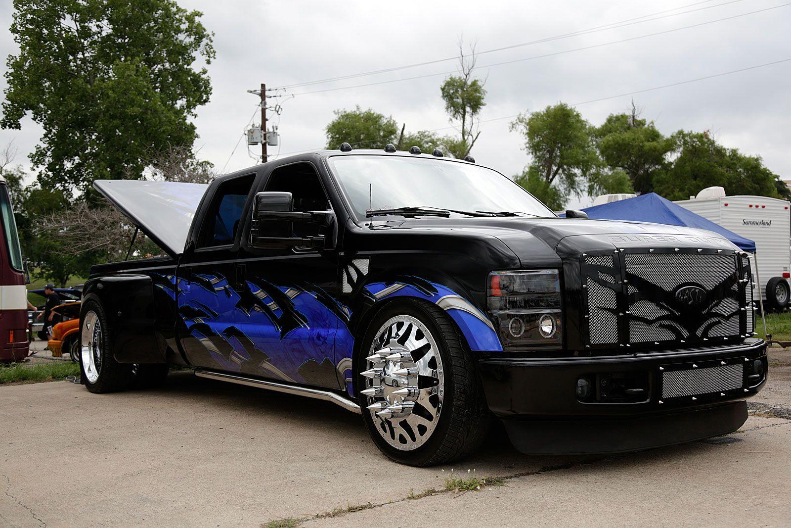 Lifted chevy show trucks 2103 texas heatwave truck show - 2103 Texas Heatwave Truck Show 73 Lifted Chevy Dually Photo 68