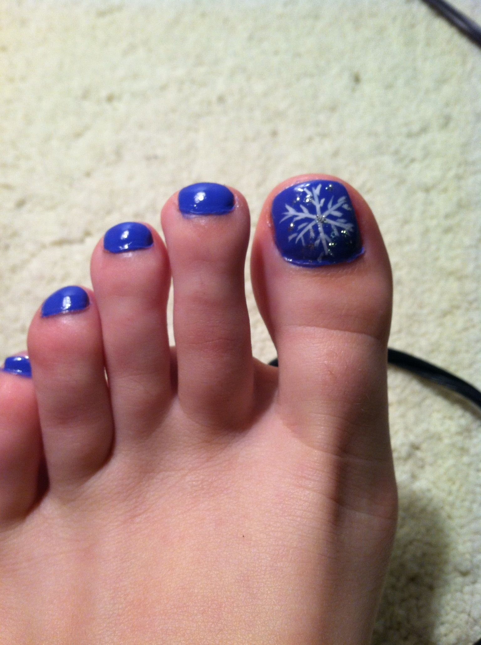 Christmas package toe nail design. | Nail designs | Pinterest ...