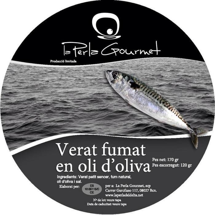 La Perla Gourmet. CABALLA AHUMADA. VERAT FUMAT. En aceite de oliva. Pieza entera ahumada en frío de manera especial y conservada en aceite de oliva. 100% sin conservantes. ROSSELLÓ, 268. BARCELONA