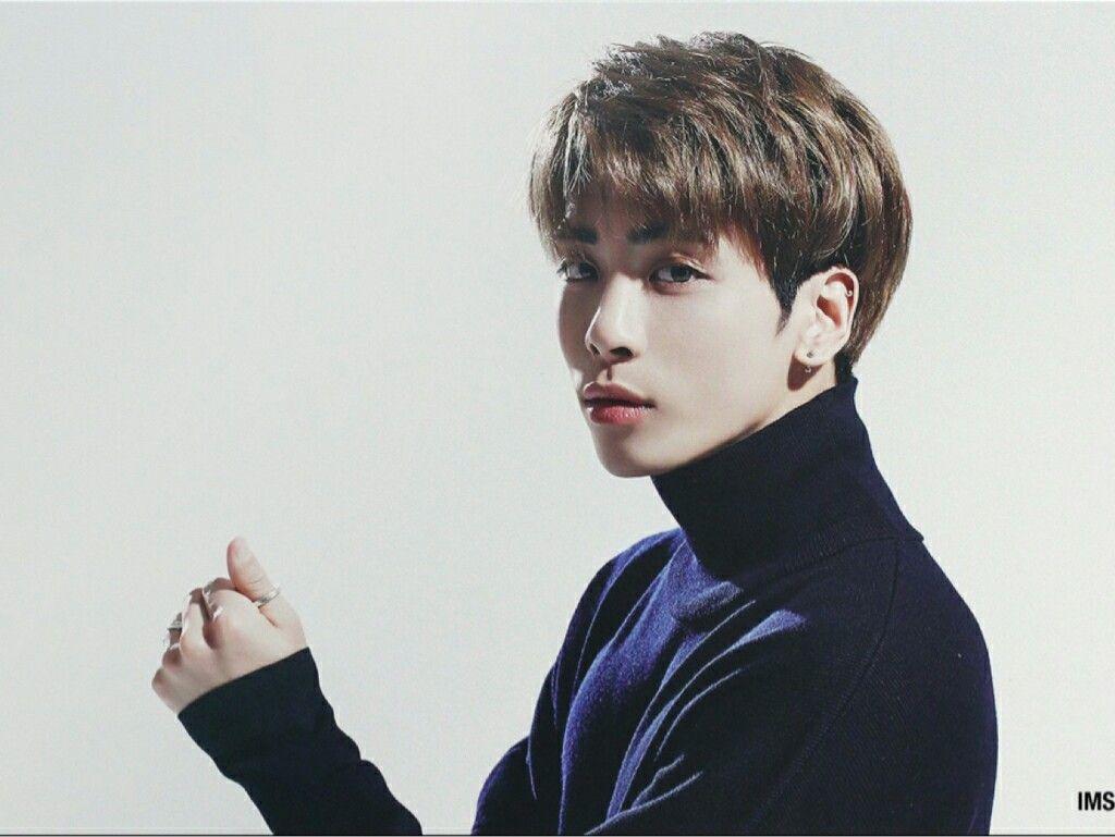Image result for kim jonghyun 2017