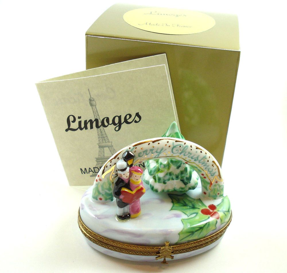 Limoges Box - Merry Christmas Winter Scene with Carolers and Snowy Pine Tree