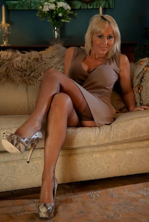 Sexy jan b swinger wife would love