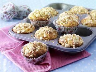 Das Rezept für Aprikosen-Quark-Muffins mit Streuseln und weitere kostenlose Rezepte auf LECKER.de