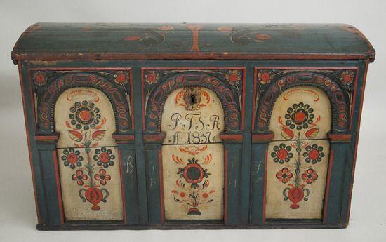 Vesterheim Collections Trunk 1973 008 062 Painted Trunk Decorative Painting Scandinavian Folk Art