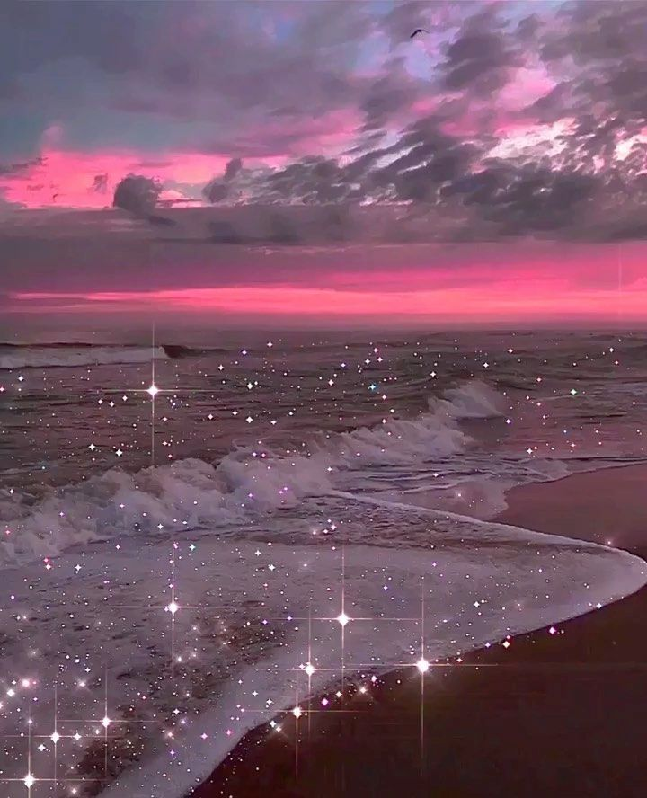 "Yana Potter artist ✨ on Instagram: ""Sparkling waves✨ • • • #yanapotterart #glittery #collageartists #artist #art #digitalart #journey #artwork #inspiration #collage_art #mood…�"