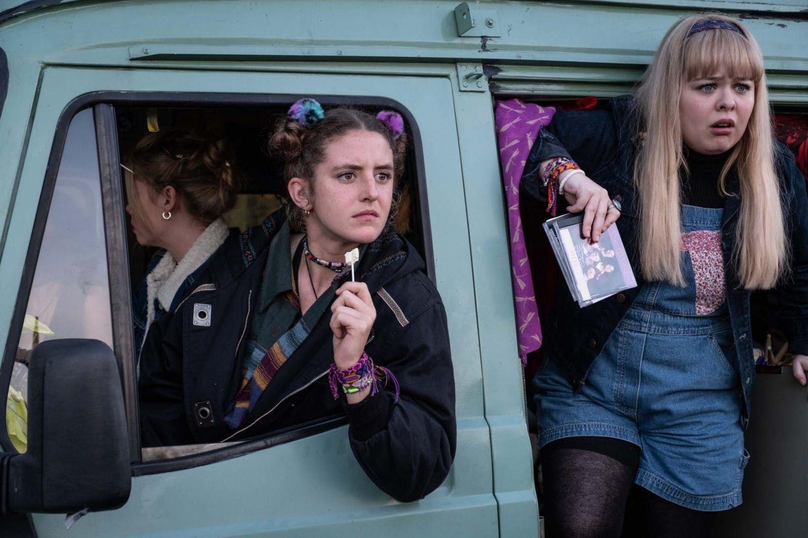 78 Best Derry Girls images | Derry, Tv shows, Girl gifs - Pinterest
