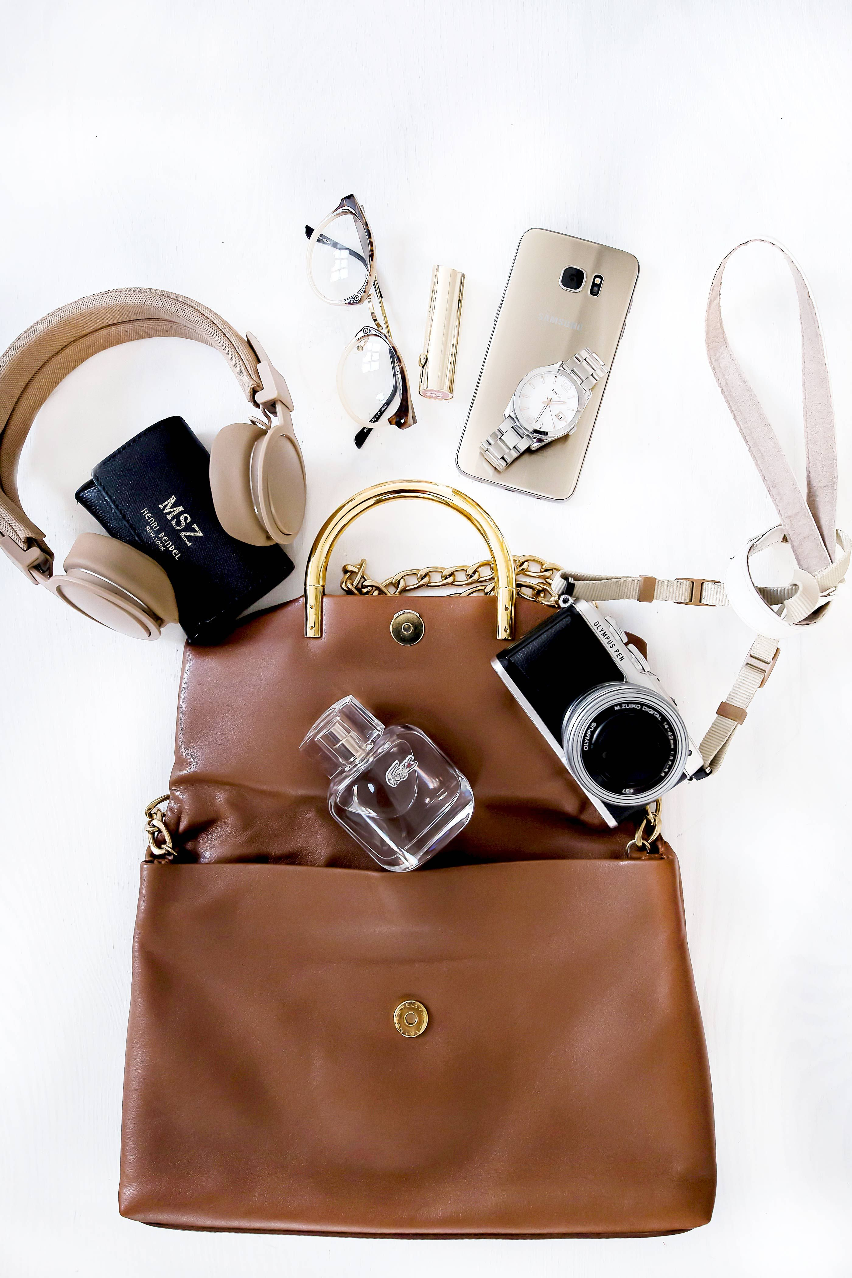low cost f436f 35c5e How to create the perfect Flatlay for Instagram ...