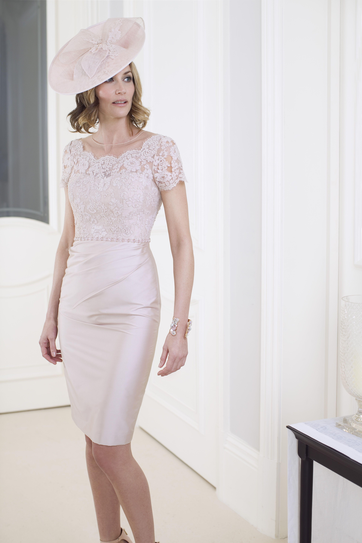 Großzügig John Charles Hochzeit Outfits Galerie - Brautkleider Ideen ...