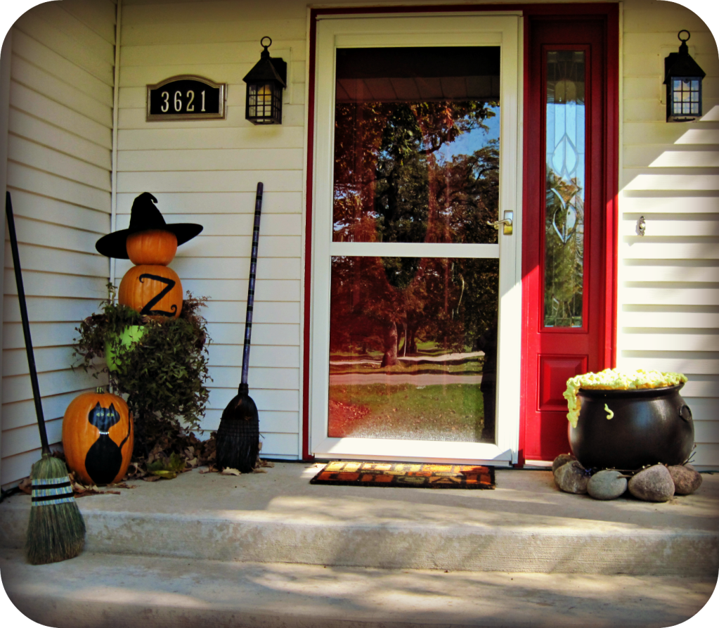 halloween porch and diy outdoor halloween decorations - Outside Halloween Decoration Ideas
